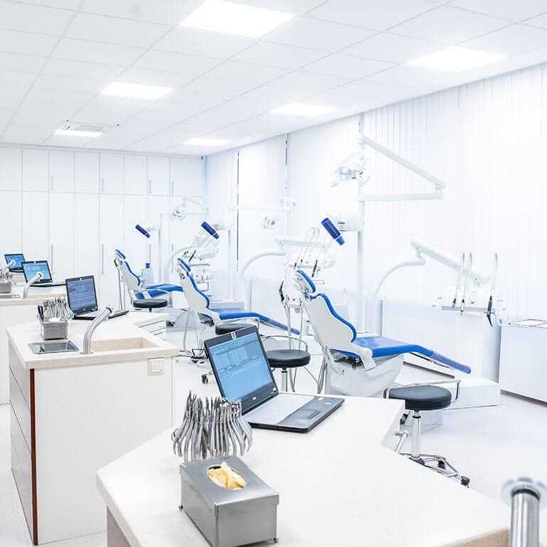KFO Stelz | Großer Behandlungsraum