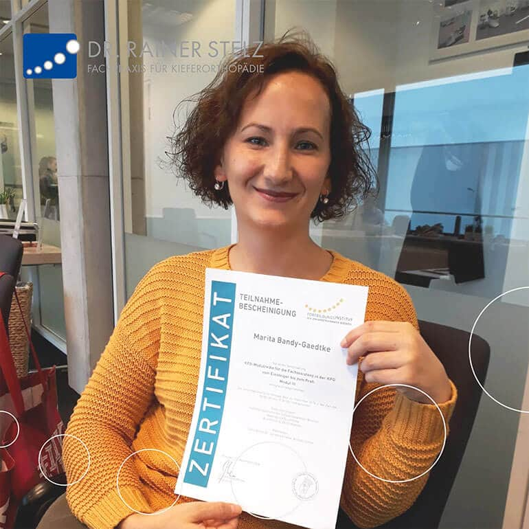 KFO Stelz | Fortbildungs-Zertifikat Frau Bandy-Gaedtke